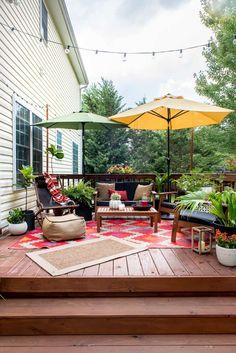 Illuminate Your Patio Area With Sun Catchers – Outdoor Patio Decor Outdoor Decor, Deck Makeover, Backyard Design, Small Backyard, Patio Furniture, Patio Design, Deck Decorating, Pergola Designs, Outdoor Patio Decor