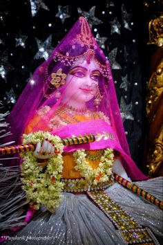 Shree Krishna, Lord Krishna, Radha Krishna Pictures, Radha Rani, Laddu Gopal, Hindu Art, My World, Aurora Sleeping Beauty, India
