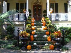 A lovely Savannah home decorated for the season!