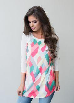 3/4 Sleeve Geometric Top. Geometric top, 3/4 Sleeve Top, Online shopping, Online Boutique, Modern Vintage Boutique, Fashion, Designed Top