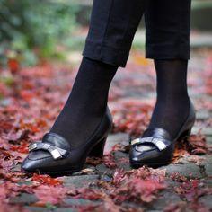 Elegant durchs Leben mit Capriccio Schuhen. (Art. ROC363001   CHF 298) Den Schuh gibt es in zwei Farben: Schwarz und braun. Men Dress, Dress Shoes, Loafers Men, Oxford Shoes, Elegant, Fashion, Fall 2016, Shoes, Get Tan