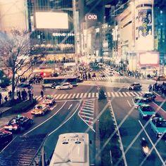 A terrible photo of the famous Shibuya crossing  #Shibuya #Crossing #City #Japan #Tourist #Travel #Night #Lights