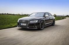 Audi S8 by ABT: Dedicata agli incontentabili   Sembrerà strano, ma a qualcuno i 520 CV erogati dal V8 4.0 TFSI della Audi S8 potrebbero non bastare. Proprio per questo il tuner tedesco ABT ha realizzato un programma di elaborazione dedicato all'ammiraglia dei quattro anelli, portando la potenza massima a 640 CV (un valore da Lamborghini Mu...