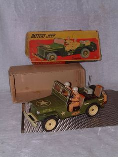 VINTAGE, LARGE, TIN BATTERY JEEP FROM CRAGSTAN FULLY WORKING W/ORIGINAL BOX!! #CRAGSTANMIYAZAWAMODELCO