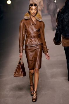 Hermes Fall Chocolate leather jacket, skirt and Birkin bag Fashion Week Paris, Winter Fashion, Fashion Show, Fashion Looks, Fashion Fashion, Ray Ban Sunglasses Sale, Wholesale Sunglasses, Sunglasses 2016, Police Sunglasses