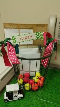 retirement party card basket - golf theme