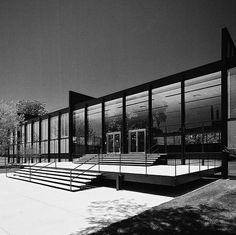 SR Crown Hall, Illinois Institute of Technology, 1950-56. Ludwig Mies van der Rohe. The architecture building as IIT, designed for flexibility. The partition walls can be moved, which allows the space to be converted from studios to galleries to performance spaces. The thin roof is an amazing engineering feat.