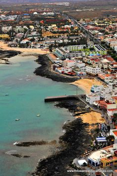 Corralejo Fuerteventura - our island paradise! Great Places, Places To See, Beautiful Places, Holiday Places, Holiday Destinations, Canary Islands Fuerteventura, Paraiso Natural, Reisen In Europa, Spain And Portugal