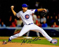 Kyle Hendricks signed Chicago Cubs pitching action 8x10 photo. Item comes with a Schwartz Sports Memorabilia tamper-proof numbered hologram and Certificate of Authenticity which can be verified online