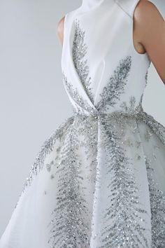 haute couture fashion Archives - Best Fashion Tips Couture Dresses, Bridal Dresses, Fashion Dresses, Prom Dresses, Dress Wedding, Elegant Dresses, Pretty Dresses, Beautiful Dresses, Looks Party