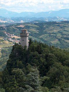 San Marino #san #marino #italy #reisjunk #travel #world #explore www.reisjunk.nl