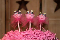 Mom's Killer Cakes & Cookies   Sesame Street Abby Cadabby Cake Pop