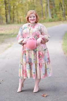 The Fall 2017 Collection from Dainty Jewell's: a flurry of romantic lace, thoughtful adornments, and lush autumn florals in modest styles sizes Plus Size Fashion Blog, Plus Size Fashion For Women, Curvy Women Fashion, Modest Fashion, Girl Fashion, Fashion Outfits, Modest Skirts, Modest Outfits, Fall Outfits