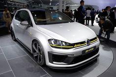 The Volkswagen Golf R400 - Volkswagen's Insane new 395bhp Golf Concept!!