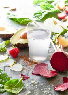 How To Make The Most effective Detox Smoothie Recipe - Hifow - http://howto.hifow.com/how-to-make-the-most-effective-detox-smoothie-recipe-hifow/