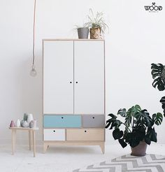 Design studio with customized plywood furniture. Bespoke Furniture, Retro Furniture, Recycled Furniture, Plywood Furniture, Rustic Furniture, Furniture Design, Furniture Outlet, Furniture Market, Furniture Online