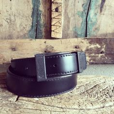 Rustic #KASPARI #carbonfiber #buckle #belt#whatsetsyouapart .#acceleratedevolutionBecause #freedomispriceless