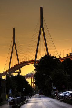Köhlbrandbrücke o.jpg