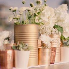 Diy Wedding Decorations Outdoor Center Pieces Bridal Shower New Ideas Tin Can Centerpieces, Centerpiece Ideas, Centerpiece Flowers, Table Flowers, Diy Flowers, Vintage Flowers, Flower Arrangements, Deco Champetre, Tin Can Crafts