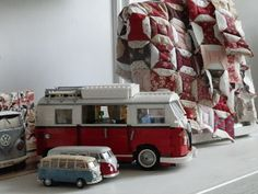 "Wilma´s Homemade Quilts: ""Minoes weet de lekkerste plekjes in huis"",.."