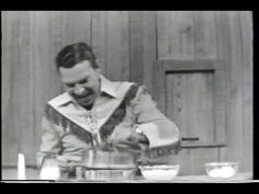 HOWDY DOODY HOSTESS TWINKIES COMMERCIAL 1950s. . .  so sad to see the demise of Hostess Twinkies, they have been around for ever.