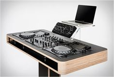 Stereo T DJ Table by Hoerboard. Technology and design in perfect synthesis.