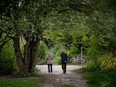 The walk - Shot at the Isle of St Germain, Issy les Moulineaux. Spring 2018.