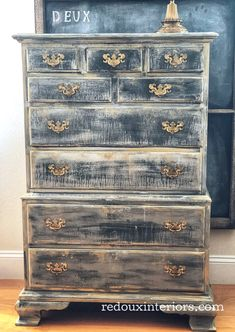 Dresser wanting the Layered Paint Look - Unfinished Wood Furniture, Painting Wooden Furniture, Farmhouse Furniture, Furniture Making, Furniture Makeover, Antique Furniture, Modern Furniture, Geek Furniture, Distressed Furniture