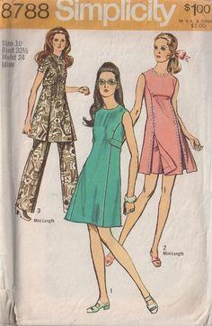Simplicity 8788 Vintage 70's Sewing Pattern FUN Mod Car Wash Panel Flip Front Skirt Tunic Top, Mini Dress, Shorts & Pants