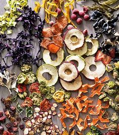 Home-Dried Fruits and Vegetables Dehydrated Vegetables, Dried Vegetables, Dehydrated Food, Fruit And Veg, Fruits And Vegetables, Dried Fruit, Fresh Fruit, Vegetable Snacks, Fruit Packaging