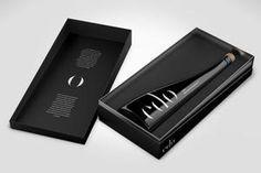 ed'o ORGANIC - Ultra Premium Extra Virgin Olive Oil#edo#thegoldessence#edooliveoil#extravirginoliveoil#evoo#arbequina#siurana#priorat #olive #luxury#design#packaging#unique#giftideas #black #box #glassbottle