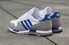 Adidas Originalshave such an intensely deep back catalogue of sneakers, if they were all to appear back onplanet Earth all at once we'd all be drowning in a three stripe swamp. TheCentauris a tasty example of just how tidy retro running can be, and these classic colourways are transporting us way, way back! Hey, Uncle …