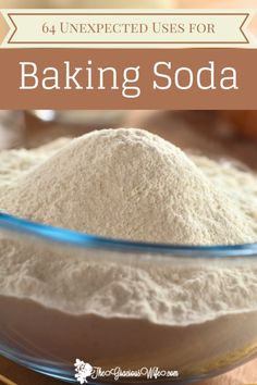 The uses for baking soda are so versatile. There are tons of unexpected uses for Baking Soda for personal care, cleaning, freshening, and MORE! - cleaning hacks   life hacks   home hacks   DIY hacks