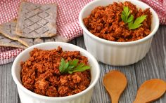 <p>Made with tofu and mushrooms, this chorizo is seasoned similarly to the original – plenty of chilis, garlic, paprika, cumin, and other spices. </p>