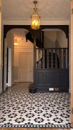 Floor Design, Tile Design, House Design, Hallway Designs, Hallway Ideas, Narrow Hallway Decorating, Victorian Hallway, Foyer Flooring, Hallway Inspiration