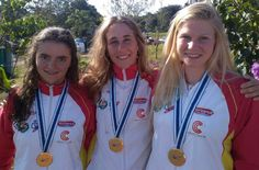Klara Olazabal, Nuria Vilarrubla, Annebel Van der Knijff - Canoe Slalom - Mundial Junior/Sub23 2015 (Foto rfep.es)