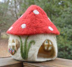 Needle-Felted Toadstool House With Removable Roof, Magical Toy for Imaginative Play, Song and Season Toys -Ros? Needle Felted Animals, Felt Animals, Needle Felting, Felt Mushroom, Small Umbrella, Felt House, Waldorf Crafts, Felt Fairy, Felt Dolls