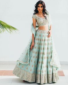 Call/Whatsapp: 7802885280 Kinas Designer present latest beautiful fully custom made designer exclusive bridal lehenga in We are offering fully Custom made bridal collection. Buy this latest Bridal collection at We have variety of collection in etc. Indian Bridal Outfits, Indian Fashion Dresses, Dress Indian Style, Indian Designer Outfits, Party Wear Indian Dresses, Wedding Dresses, Lehenga Designs, Choli Designs, Indian Lehenga