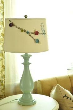 Jennifer Rizzo: Anthropologie-style lamp and shade make-over....