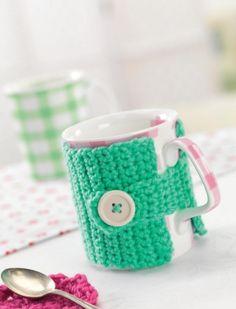 Buttoned crochet mug cosy Pattern