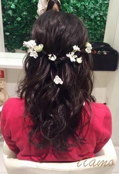 ダークトーンでもふんわり2スタイル♡リハ編  大人可愛いブライダルヘアメイク『tiamo』の結婚カタログ