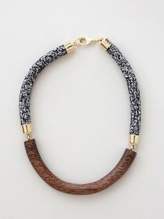 ~ Living a Beautiful Life ~ Elinore Necklace - Chestnut/Heathered by Orly Genger Pandora Jewelry, Jewelry Necklaces, Bracelets, Jewelry Shop, Fashion Necklace, Fashion Jewelry, Jewelry Accessories, Jewelry Design, Jewelry Ideas
