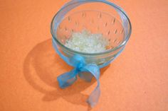 If you're looking to make a basic mixture, it's easier than ever. The only ingredients you should have on hand are sugar and honey, and you can add essential oil, vitamin E, or lemons if you'd like. Homemade Exfoliator, Strawberry Lip Balm, Best Exfoliators, Lip Scrub Homemade, Lip Scrubs, Grapefruit Essential Oil, Lip Plumper, Natural Lips, Medicinal Herbs