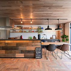「new studio open.」家族・only-you-homeのインテリア実例。 Kitchen Tiles, House Design, House Interior, Kitchen Interior, Dinning Room, Interior Decorating, Dream Kitchen, Cafe Interior, Home Decor