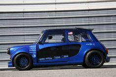 custom old school Mini Cooper