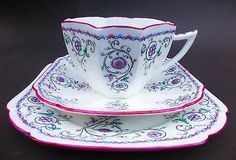 SHELLEY QUEEN ANNE HAND FINISHED ART DECO ENGLISH BONE CHINA TRIO - 11502