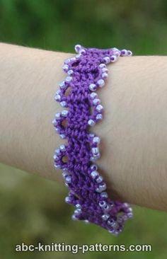 "Free pattern for ""Bruges Lace Beaded Bracelet""! ✿⊱╮Teresa Restegui http://www.pinterest.com/teretegui/✿⊱╮"
