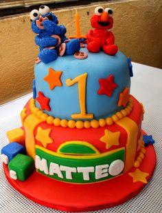 Cake elmo design