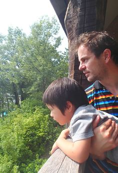We've often heard that you need to stick to one language when your child is diagnosed with autism, but check out this interview of a father raising a #bilingual child with #autism. | pinned by www.stageslearning.com