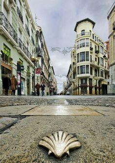 León,  calle ancha